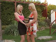 Antonya and Brandy Smile lick and finger each other's vags