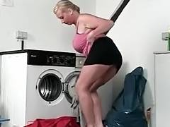 MILF gets drilled in the washing room after a blowjob