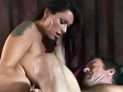 Bustly hottie fucked in hotel