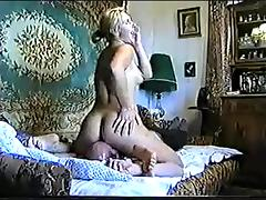 Felicita - Russian Lady Facesitting - short 60sec