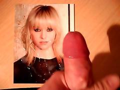 Taylor Momsen 2 (11 loads)