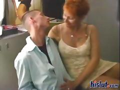 This old housewife was horny for her neighbor porn video