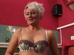 Hot Mature Brit Cougar Toying in Stockings porn video