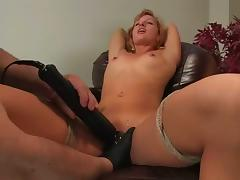 Ariel enjoys to have leads on her tits while getting her vag toyed porn video