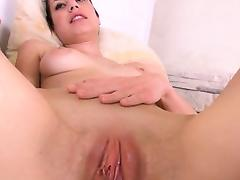 Gyno dildos in her deep vagina cunt