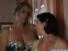 Awesome hot and sexy blonde MILF whore part2
