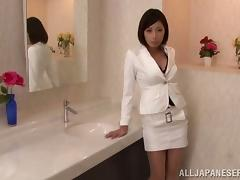 Pussy Licking and Cock Sucking in the Office's Restroom with Collegue