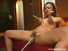 Asian hussy Annie Cruz takes a excellent high-pressure on a going to bed machinery porn video
