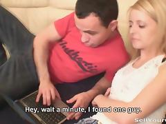 Blonde shocks her boyfriend