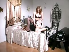 Wild Play On Bed By Wild Chick And Her Best Shemale Friend