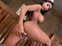 Kyra Black has tanned skin and big boobs. She looks fantastic and wants to pleasure herself. porn video
