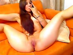 Kinky Latin hottie enjoys her wicked sex toys