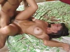 Amateur Brunette MILF Stephanie Duvalle