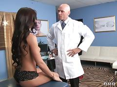 Rahyndee James is fucked silly by her gynecologist
