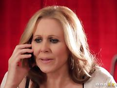 Julia Ann gets a facial after fucking a horny stud