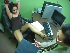 Office Girl In High Heels Gets Cumshot After Footjob