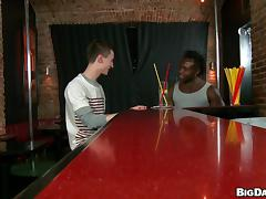 Black poofter and a twink enjoy some naughty banging in a bar