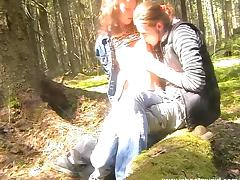 Outdoors sex with a very horny teen couple