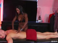 Sexy Ebony Gets A Hard Interracial Fuck After A Hot Massage