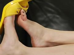 Goddess Melanie - Leg and Foot Show Jerk Off Instructional