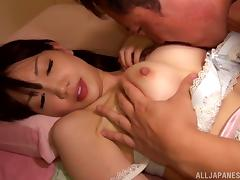 Suzuki Koharu ends up with a messy facial after being fucked