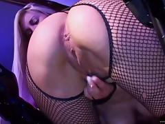 Sexy babes please each other with toys in lesbian clip