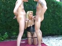 Amateur - Jenny - Mature Bareback Outdoor DP MMF Threesome