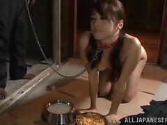 Maki Hokujo Sexy Asian babe tied up and enjoys pissing fetish