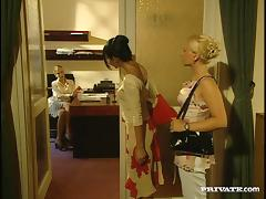 Gina Blonde and Sandra swap cum after ardent group sex