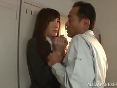 Sexy Asian girl has an orgasm while getting fucked in a locker room