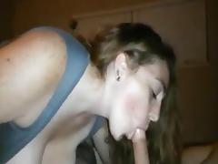 amateur big tits givina great head